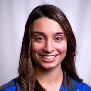Abby Raymond headshot.
