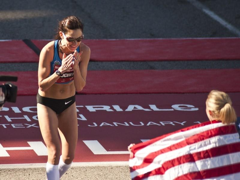 Kara Goucher winning race
